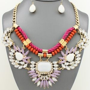 Jewelry - Lavender and White Necklace Set